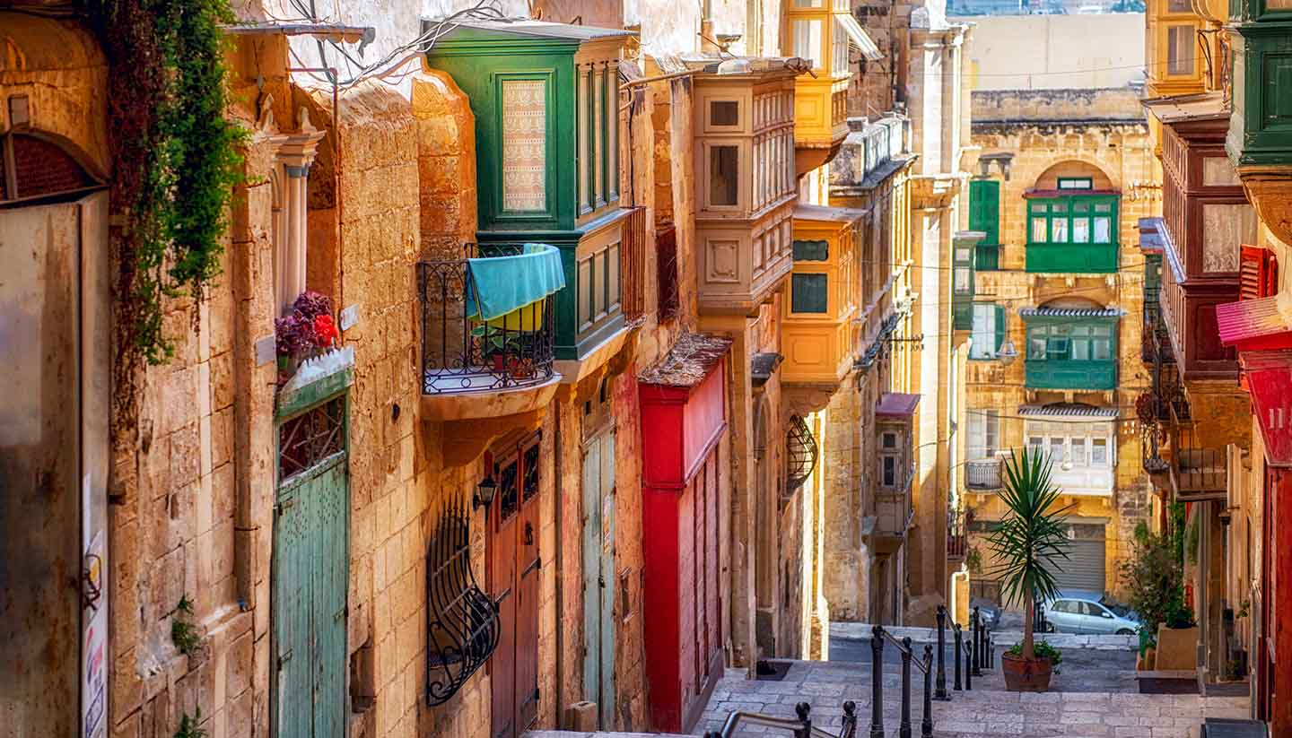 Travel Guide to Valletta